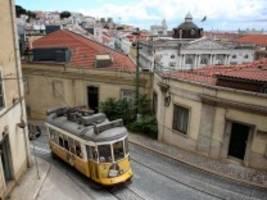 Ausbreitung der Delta-Mutante: Portugal öffnet sich für Touristen, obwohl die Zahlen steigen