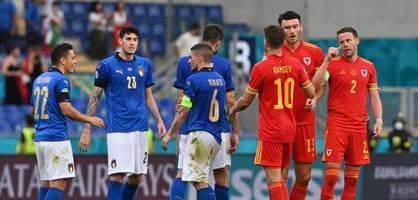 Wales zieht trotz Niederlage gegen Italien ins Achtelfinale ein