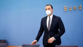 pandemie: maskenpflicht und wechselunterricht: spahn sieht keinen normalbetrieb an schulen nach dem sommer