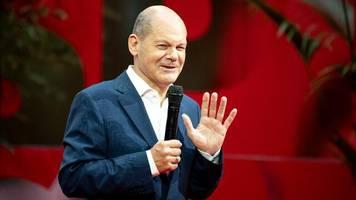 """wahlkampf: scholz nennt forderung aus union nach steuersenkung """"absurden einfall"""""""