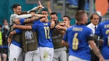 Bestmarke aus den 1930ern - 30 Spiele in Serie ungeschlagen: Italien stellt Rekord ein