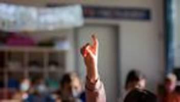 Corona-Pandemie: Leopoldina will Schulen langfristig offen halten