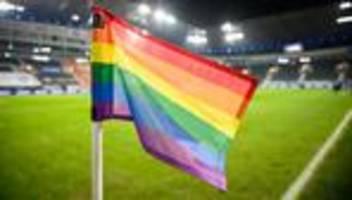 Fußball-EM: Ungarn kritisiert Pläne für regenbogenfarbenes EM-Stadion in München