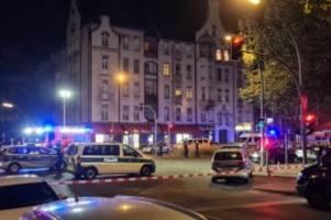 Täter auf der Flucht: Mehrere Verletzte nach Schüssen in Wedding
