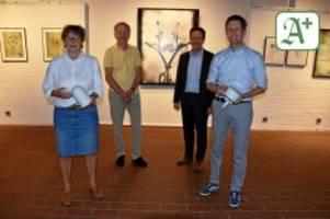 kreis pinneberg: kunst in uetersen erscheint im optimalen licht