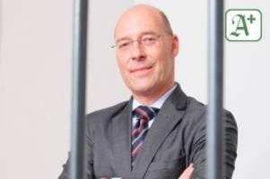 härtefallkommission: afd hamburg scheitert vor gericht – klage abgewiesen