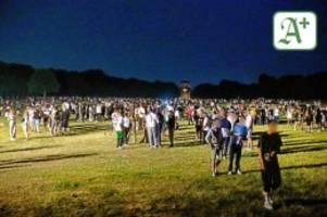 Sonne, Alkohol, Fußball-EM: Massenpartys im Hamburger Stadtpark durch Polizei beendet