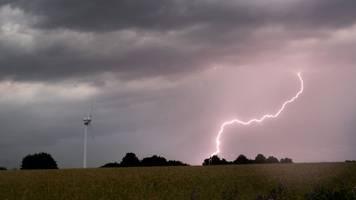 Starkregen und Gewitter ziehen über Mittel- und Oberfranken