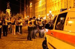 Bespuckt und beleidigt: So erlebte ein Sanitäter die Krawallnacht in der Maxstraße