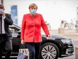 Merkel und die Unions-Fraktion: Immer wieder dienstags