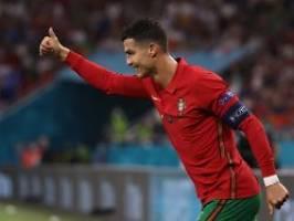 Auch Benzema trifft zweimal: Ronaldos Doppelback bringt Portugal weiter