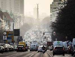 Mehrheit will im Grünen wohnen: Umfrage: Leben in der Stadt verliert an Reiz