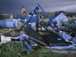 Bis zu 150 Verletzte nach Tornado in Tschechien