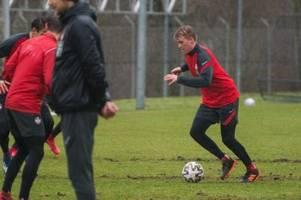 fca-profi felix götze ist heiß begehrt: wo spielt er in der neuen saison?