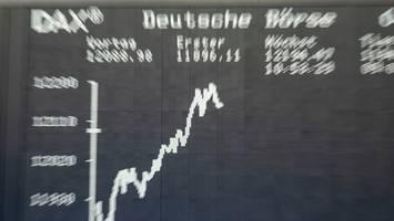 """Index steigt rasant - Ifo-Geschäftsklima im Höhenflug: """"Deutsche Wirtschaft schüttelt die Coronakrise ab"""""""