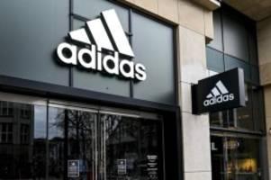 unternehmen: adidas kauft aktien im wert von 550 millionen euro zurück