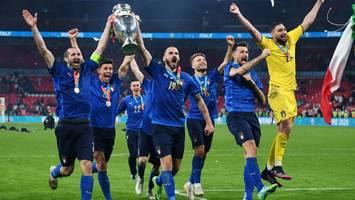 """fußball-em - internationale presse gnadenlos: """"southgate zerschellt aufs neue in wembley"""""""