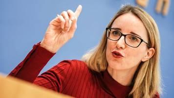 ethikrat: alena buyx gegen impfpflicht für bestimmte berufsgruppen