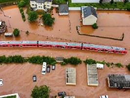 Hitze, Starkregen, Tornados: Extremwetter: Ganzes Land bald Risikogebiet