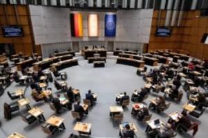 Abgeordnetenhaus: Wahl zum Berliner Abgeordnetenhaus: 34 Parteien wollen rein