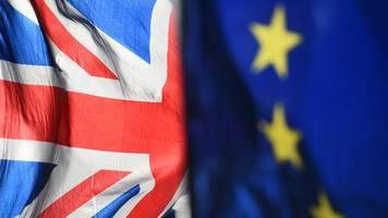 Streit über Nordirland: London will Brexit-Abkommen wieder aufmachen