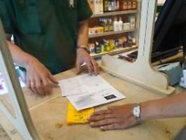 gravierende sicherheitslücke: apotheken dürfen keine impfpässe mehr ausstellen
