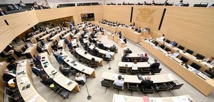 baden-württemberg: landtag wählt afd-kandidaten ins verfassungsgericht