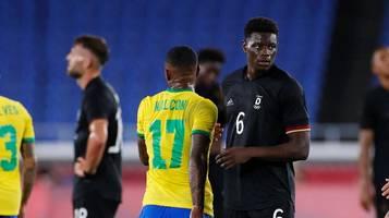 Niederlage gegen Brasilien: Eintrachts Ragnar Ache schwärmt von Richarlinson