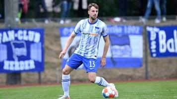 Hertha BSC: Abwehrspieler Lukas Klünter malt für Flutopfer