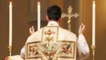 Papst Franziskus: Mit dem Latein am Ende