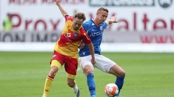 Hansa Rostock verpatzt Saison-Debüt: 1:3 gegen Karlsruher SC