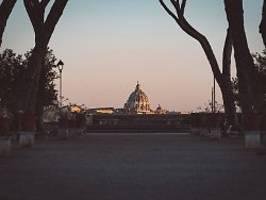 erster güterbericht nach skandal: vatikan besitzt mehr als 5000 immobilien