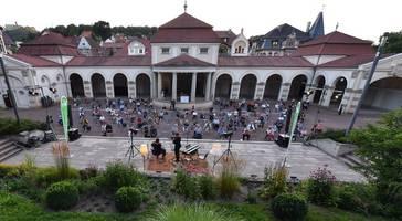 Yiddish Summer startet mit rund 200 Gästen auf der Buga