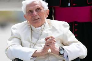 benedikt xvi. geht mit kirchlichen amtsträgern ins gericht
