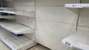 Großbritannien in der Corona-Krise: Die Pandemie als Ausrede für leere Supermarktregale