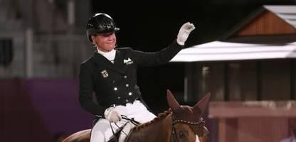 Olympia 2021: Reitsport: Dressurteam um Isabell Werth gewinnt zweite deutsche Goldmedaille