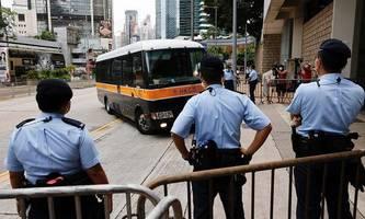 gericht in hongkong verurteilte erstmals mann nach sicherheitsgesetz