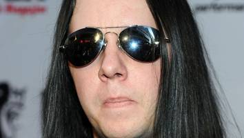todesursache unklar - joey jordison (†46): der ex-slipknot-drummer ist gestorben