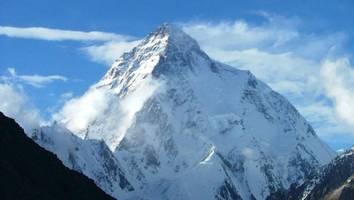am k2 - sohn findet leiche seines vaters, als er zweithöchsten berg der welt besteigt