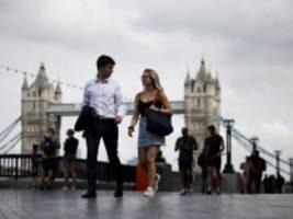 newsblog zu corona und reisen: england erlässt geimpften die quarantäne