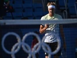 Erster Deutscher seit 21 Jahren: Zverev zieht souverän ins Viertelfinale ein
