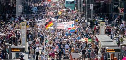 Berlin: Polizei verbietet zwei »Querdenken«-Demos am Wochenende