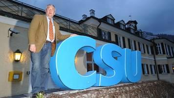 Umfrage: CSU gewinnt leicht,  Grüne verlieren weiter