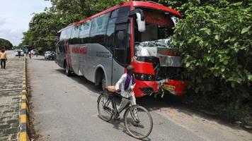 Indien: 18 schlafende Farmarbeiter sterben an der Autobahn