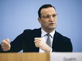 Brauchen weitere Kennzahlen: Spahn widerspricht Wieler bei Inzidenz