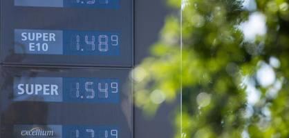 """""""sparer müssen weiter damit leben, dass die inflation ihr geld frisst"""""""