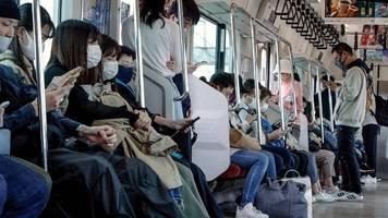 Japan verzeichnet erstmals 10.000 Corona-Neuinfektionen