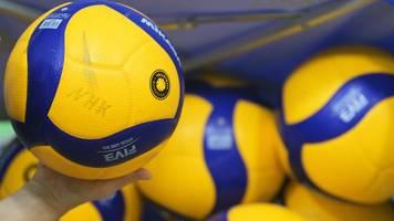Volleyball-Nationalmannschaft spielt gegen die Niederlande