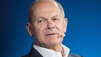 #BTW21: FOCUS Magazin Sonntagsfrage - Laschets Union versinkt im Umfrage-Tief - SPD holt mit Scholz langsam auf