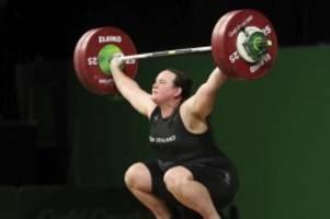 olympia: transgender-gewichtheberin hubbard will nur ich sein